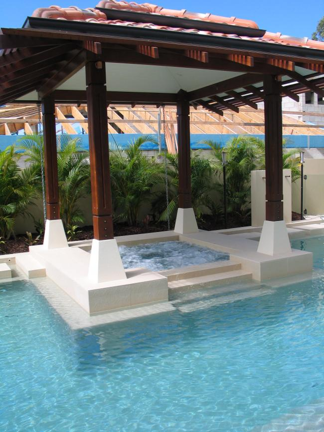 Resort Style Pool with Spa